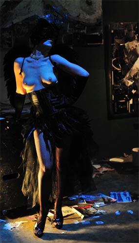 Nude Nite Model